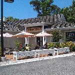 Cravings Steaks & Seafood Patio
