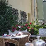 The outdoor breakfast area