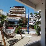 vista del residence dalla spiaggia