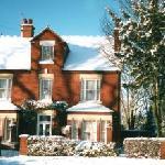 Hayes Guest House resmi