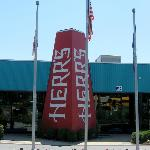 The entrance to the Herr's Snack Factory Visitor Center