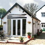 Detached annex to rear of main house with two double bedrooms and a capacity for 4 people ideal