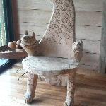 siège tete de hyenne et pattes de lion