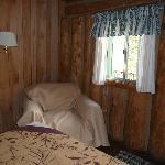 motel room 4