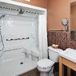 Double shower in the Grand-Luxe Studio