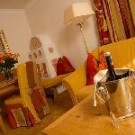 Suite Exklusiv mit Kachelofen und Sitzecke