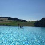 piscina sospesa.. un incanto !!!