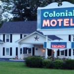 Colonial Motel outside