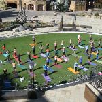 Solaris Plaza free Yoga session