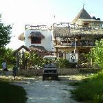 Front view of Villa los Mangles