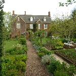 Woodford House showing extensive vegetable gardens