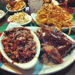 Sampler Platter- Burnt ends & Spare Ribs