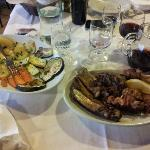Grigliata di carne accompagnata da Grigliata di Verdure