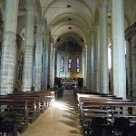 Gubbio, chiesa di San Francesco: interno