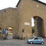 Porta Romana - a closer look