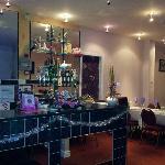 four seasons bar and restaurant