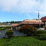 Days Inn Bellevue - Room 266 - MacDonalds in the car park