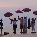 Alle glücklich - auch wenn es einmal regnet