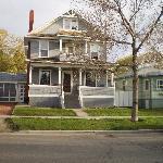 Hughes House B & B