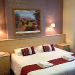 hotel room no 7