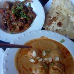 Lamb Kadai and Panner Kofta with Paratha (bread)