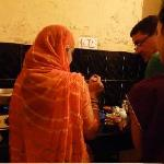 Cooking demostration in Supyar Mahal (42752454)