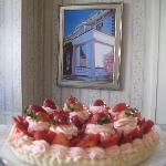 Strawberry Creme Cheese Tart