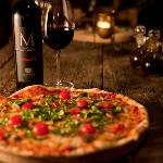 Miro Vino pizza and wine