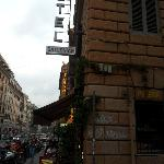 The turn from Via Cavour to Via Ruinaglia where the hotel is located