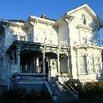 Amethyst Inn: Restored 1885 Mansion