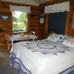 Lovely, rustic cabin decor