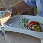 Millefeuille d'aubergines, légumes confits, chèvre à la sarriette