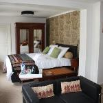 Cinnamon suite