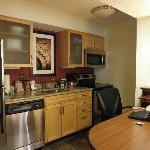 2-queen suite office/kitchen area
