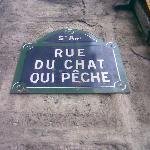 Eén van de vele smalle straatjes in Quartier Latin...