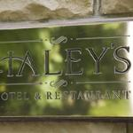 Haley's Hotel and Restaurant Photo