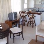 cozinha e sala do quarto