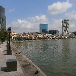 Place ro relax in vicinity of PoW, Boat Quay