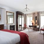 Guest room Hôtel Mansart