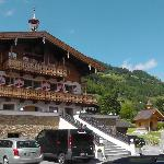 Haupthaus und Kapelle