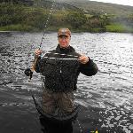 Un superbe saumon (14,5 lbs) sur la rivière Owenmore
