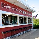‪Clam Bar at Napeague‬