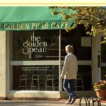 ‪Golden Pear Cafe‬