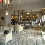 Photo de Loews Madison Hotel