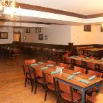 Revere's Wells Street Tavern