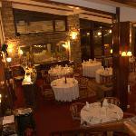 Blue Pine Restaurant Foto