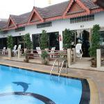 Jed Pee Nong Hotel Photo