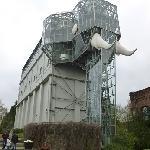 Der gläserne Elefant