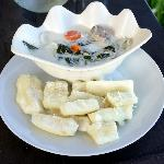 Coconut fish soup with casava