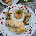 Délice de noix de st jacques, saumon frais, sauce légère au muscadet.
